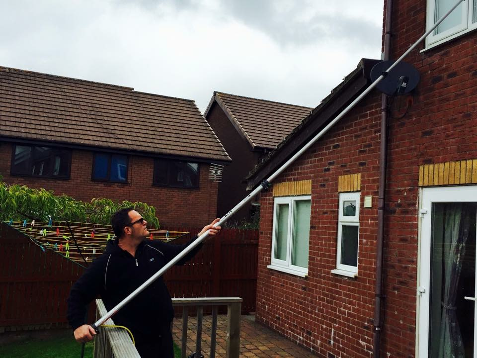 Window cleaning services newport abergavenny usk - Exterior window cleaning services ...